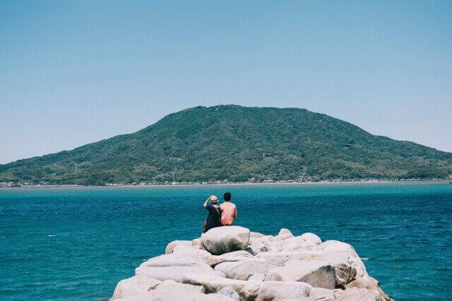 kayasan-箱島から見た可也山