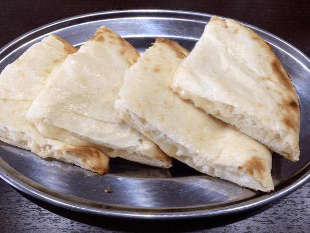 itomomo - チーズナン