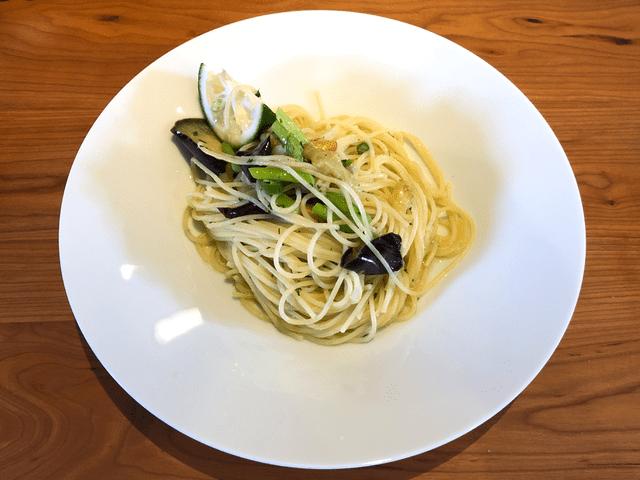 いろいろ夏野菜のペペロンチーノ