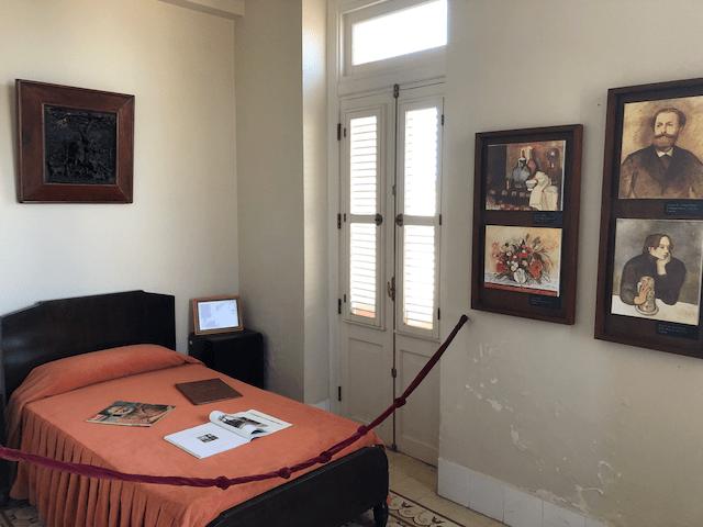 ヘミングウェイの寝室