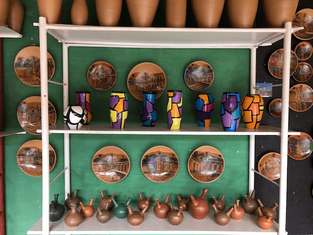 個性的な陶器の数々